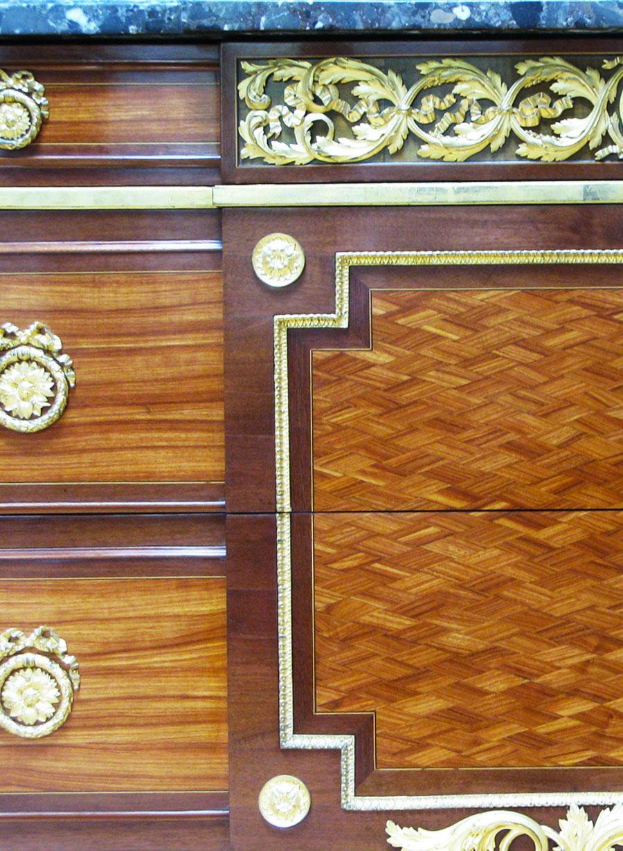 commode_RIESENER_meuble-ancien
